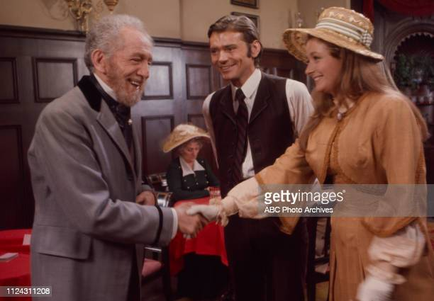 Sam Jaffe Pete Duel Diana Muldaur extra appearing in the Walt Disney Television via Getty Images series 'Alias Smith and Jones' episode 'The Great...