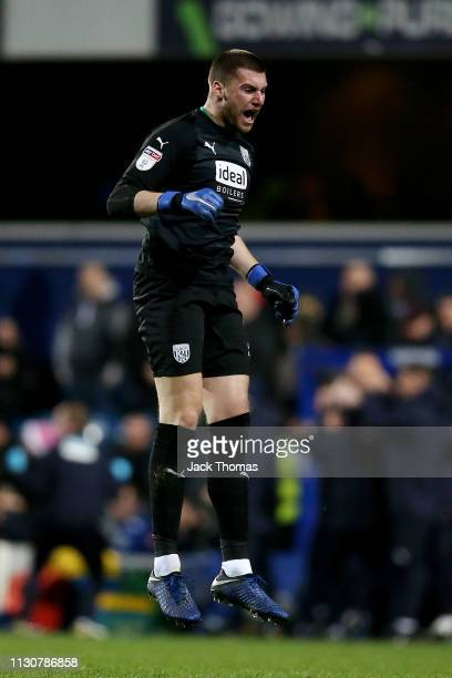 Sam Johnstone of West Bromwich Albion celebrates his team's third goal, scored by Jake Livermore of West Bromwich Albion during the Sky Bet...