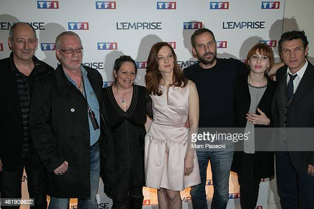 Sam Karmann guest Alexandra Lange Odile Vuillemin Fred Testot Lolita Chammah and Marc Lavoine attend the 'L'Emprise' photocall at Cinema Arlequin on...