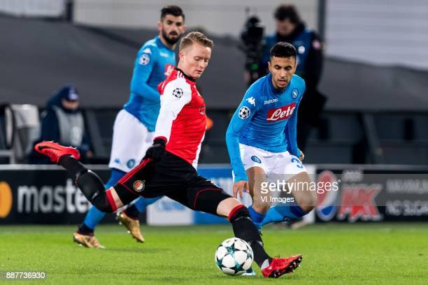 Sam Larsson of Feyenoord Adam Ounas of SSC Napoli during the UEFA Champions League group F match between Feyenoord Rotterdam and SSC Napoli at the...