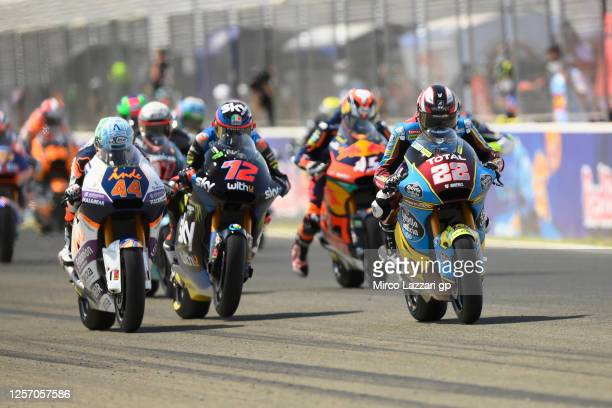 Sam Lowes of Great Britain and EG 0,0 Marc VDS leads the field during the Moto2 race during the MotoGP of Spain - Race at Circuito de Jerez on July...
