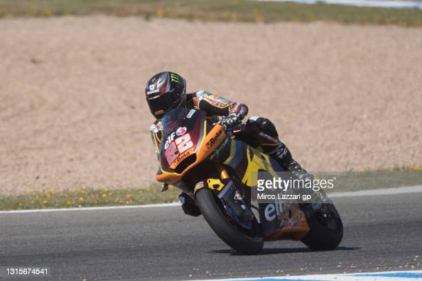 Sam Lowes of Great Britain and Elf Marc VDS Racing Team heads down a straight during the MotoGP of Spain - Qualifying at Circuito de Jerez on May 01,...