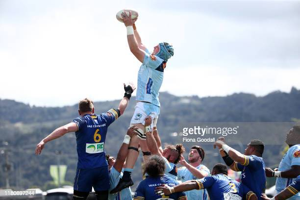 Sam McNamara of Northlan takes the lineout ball during the round 10 Mitre 10 Cup match between Northland and Otago at Semenoff Stadium on October 13...