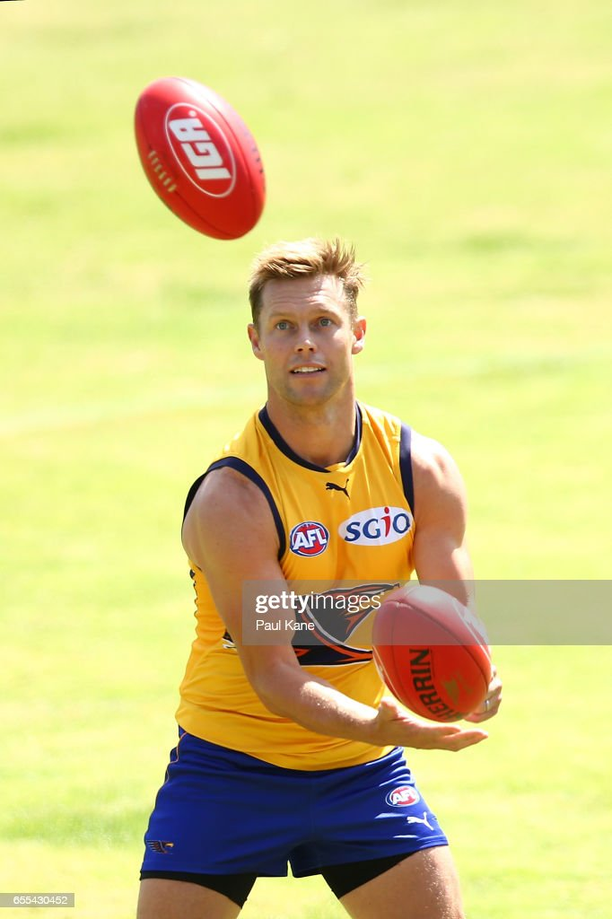 Sam MItchell of the Eagles works on a handball drill during a West Coast Eagles AFL training session at Domain Stadium on March 20, 2017 in Perth, Australia.