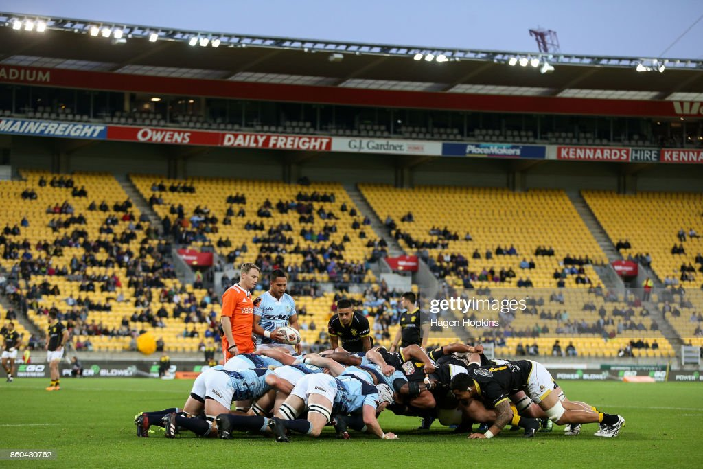 Sam Nock of Northland waits to feed a scrum during the round nine Mitre 10 Cup match between Wellington and Northland at Westpac Stadium on October 12, 2017 in Wellington, New Zealand.