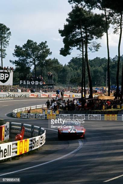 Sam Posey Ferrari 365 GTB/4 Daytona 24 Hours of Le Mans Le Mans 11 June 1972