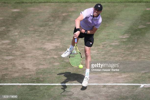 Sam Querrey of United States of America makes a service during his half-final match against Felix Auger-Aliassime of Canada during day 6 of the...