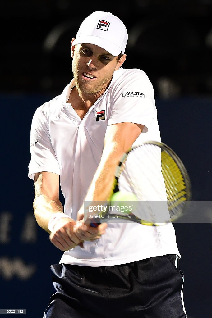 Sam Querrey returns a shot from Simone Bolelli of Italy during the second day of the Winston-Salem Open at Wake Forest University on August 25, 2015 in Winston-Salem, North Carolina.