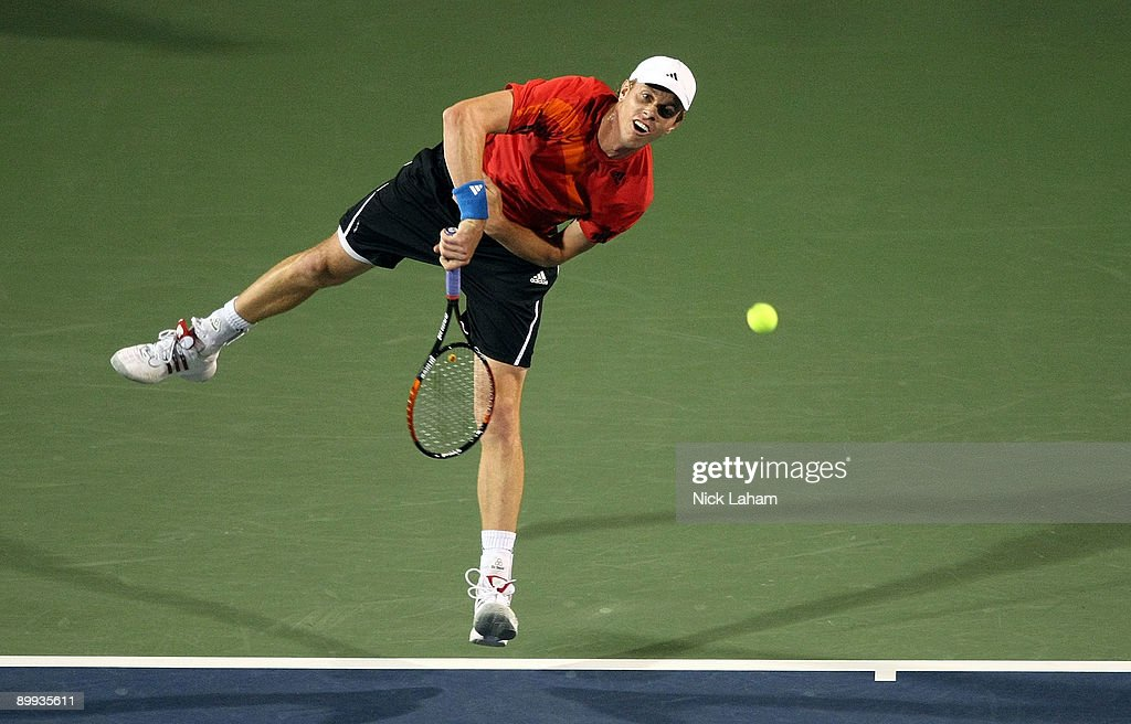 Sam Querrey serves to Andy Roddick during day three of the Western & Southern Financial Group Masters on August 19, 2009 at the Lindner Family Tennis Center in Cincinnati, Ohio.