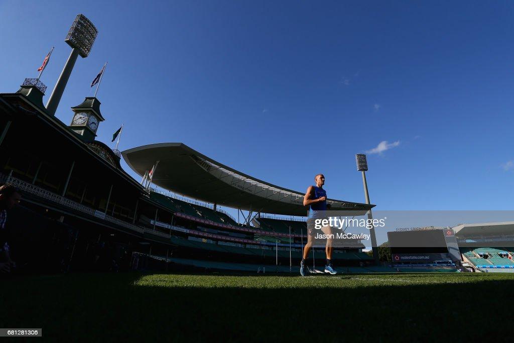 Sam Reid of the Swans runs during a Sydney Swans AFL training session at Sydney Cricket Ground on May 10, 2017 in Sydney, Australia.