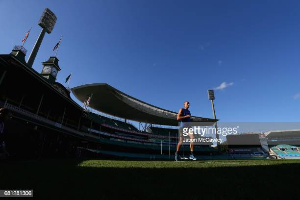 Sam Reid of the Swans runs during a Sydney Swans AFL training session at Sydney Cricket Ground on May 10 2017 in Sydney Australia