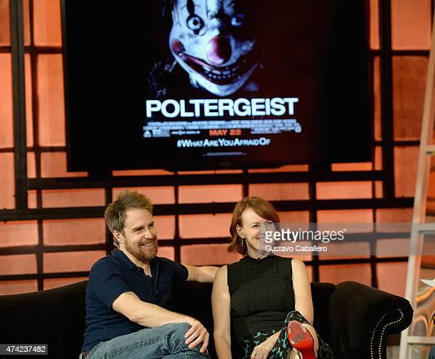 Sam Rockwell and Rosemarie DeWitt on the set of Uno Nuevo Dia to promote film Poltergeist at Telemundo Studio on May 21 2015 in Miami Florida
