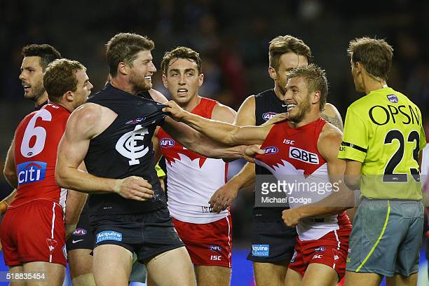 Sam Rowe of the Blues wrestles with Kieren Jack of the Swans during the round two match between the Carlton Blues and Sydney Swans at Etihad Stadium...