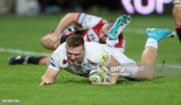 Sam Simmonds of Exeter dives over for their second try during the Aviva Premiership match between Gloucester Rugby and Exeter Chiefs at Kingsholm...