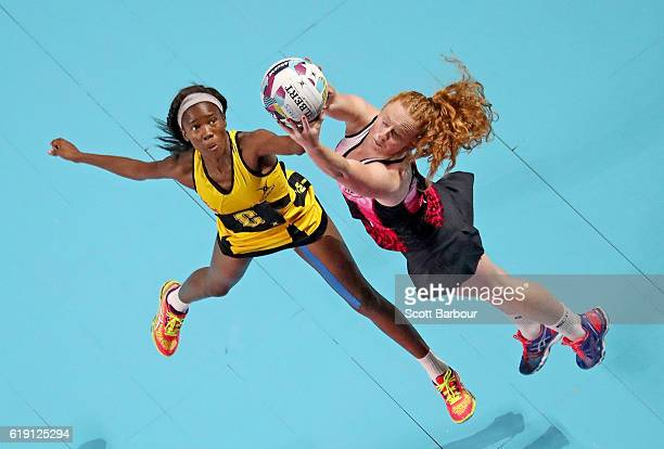 Sam Sinclair of New Zealand and Nicole Dixon of Jamaica compete for the ball during the Fast5 Netball Series match between New Zealand and Jamaica at...
