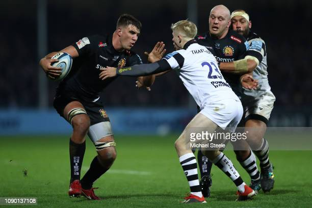 Sam Skinner of Exeter holds off Mat Protheroe of Bristol during the Gallagher Premiership Rugby match between Exeter Chiefs and Bristol Bears at...