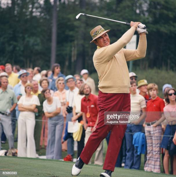 Sam Snead tees off before a large gallery during the 1975 Masters Tournament at Augusta National Golf Club in April 1975 in Augusta Georgia