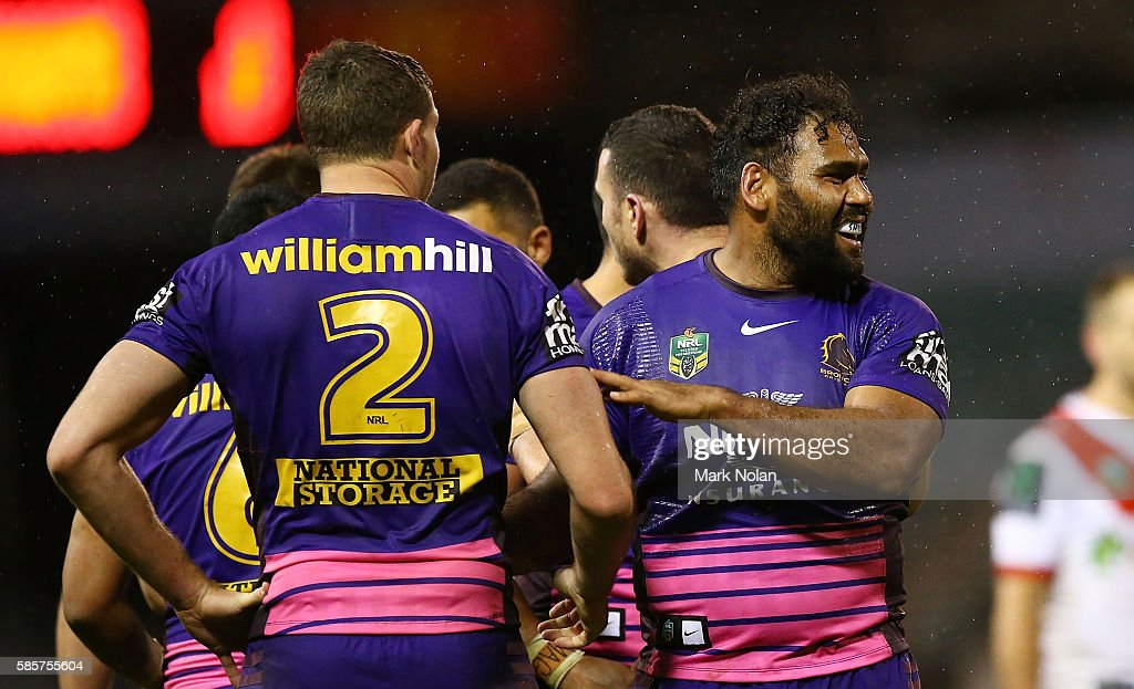 Sam Thaiday of the Broncos celebrates winning the round 22 NRL match between the St George Illawarra Dragons and the Brisbane Bronocs at WIN Stadium on August 4, 2016 in Wollongong, Australia.