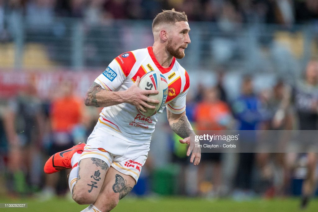 Catalans Dragons V Warrington Wolves : News Photo