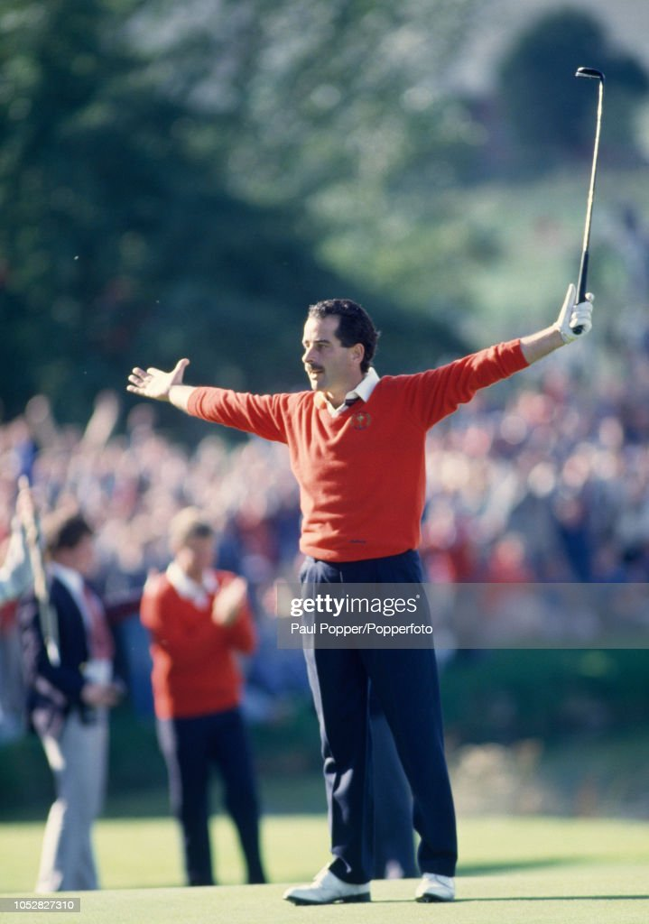 Sam Torrance During The 1985 Ryder Cup : News Photo
