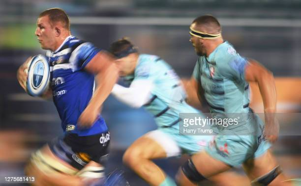 Sam Underhill of Bath RugbyL breaks with the ball during the Gallagher Premiership Rugby match between Bath Rugby and Gloucester Rugby at The...