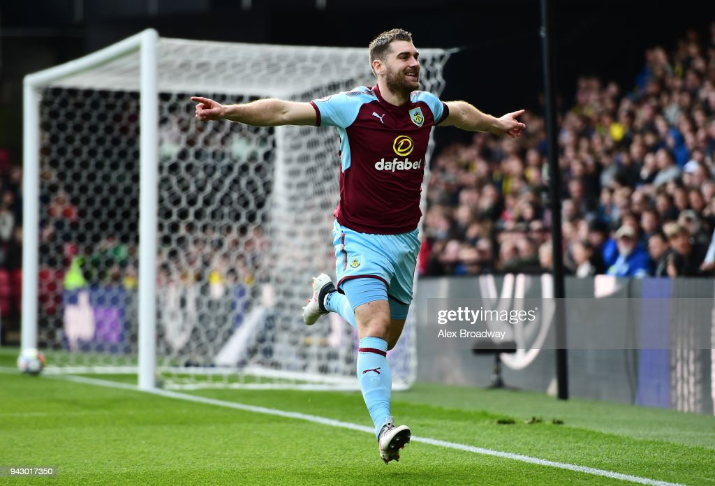 Sam Vokes of Burnley celebrates scoring his side's first goal during the Premier League match between Watford and Burnley at Vicarage Road on April 7, 2018 in Watford, England.