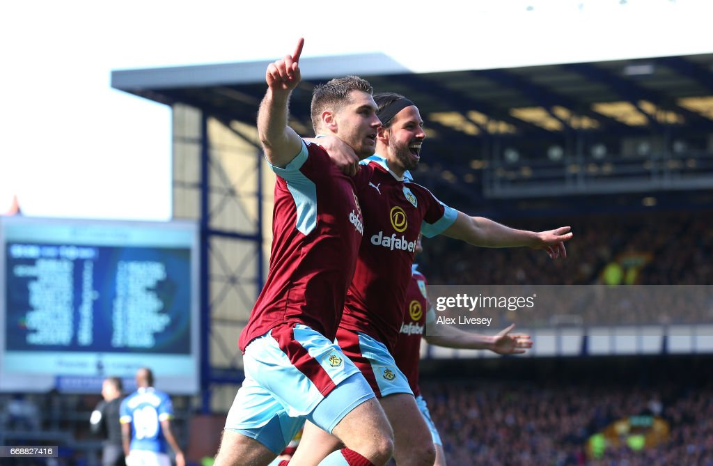 Everton v Burnley - Premier League