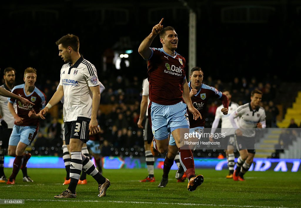 Sam Vokes of Burnley celebrates scoring the first goal during the Sky Bet Championship match between Fulham and Burnley at Craven Cottage on March 8, 2016 in London, United Kingdom.