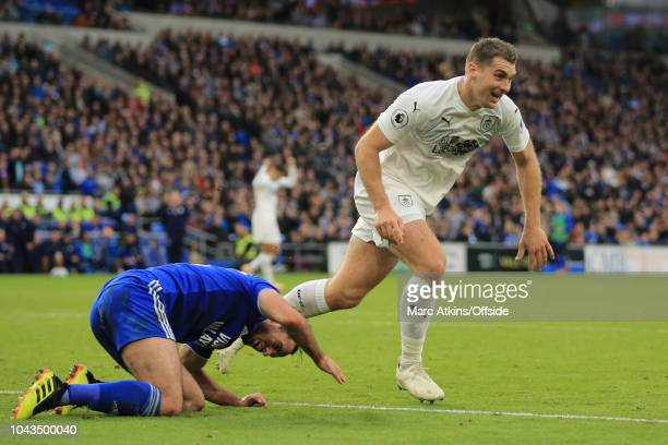 Sam Vokes of Burnley of Burnley celebrates scoring their 2nd goal during the Premier League match between Cardiff City and Burnley FC at Cardiff City...