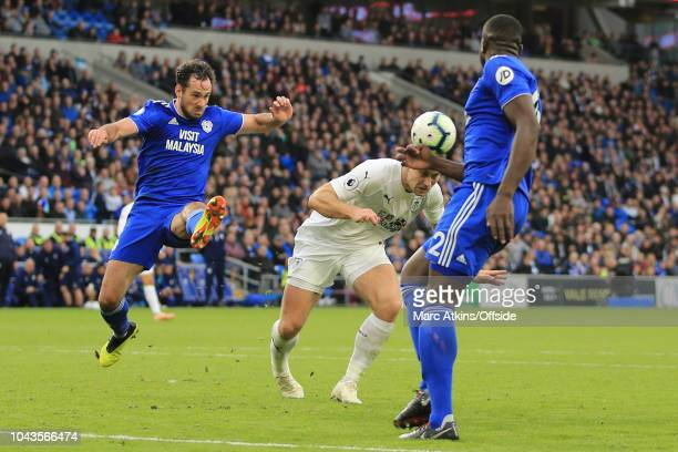 Sam Vokes of Burnley of Burnley scores their 2nd goal during the Premier League match between Cardiff City and Burnley FC at Cardiff City Stadium on...