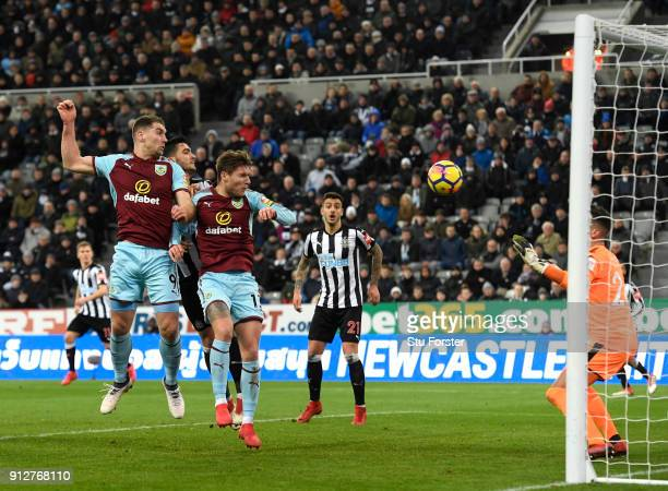 Sam Vokes of Burnley scores his sides first goal during the Premier League match between Newcastle United and Burnley at St James Park on January 31...