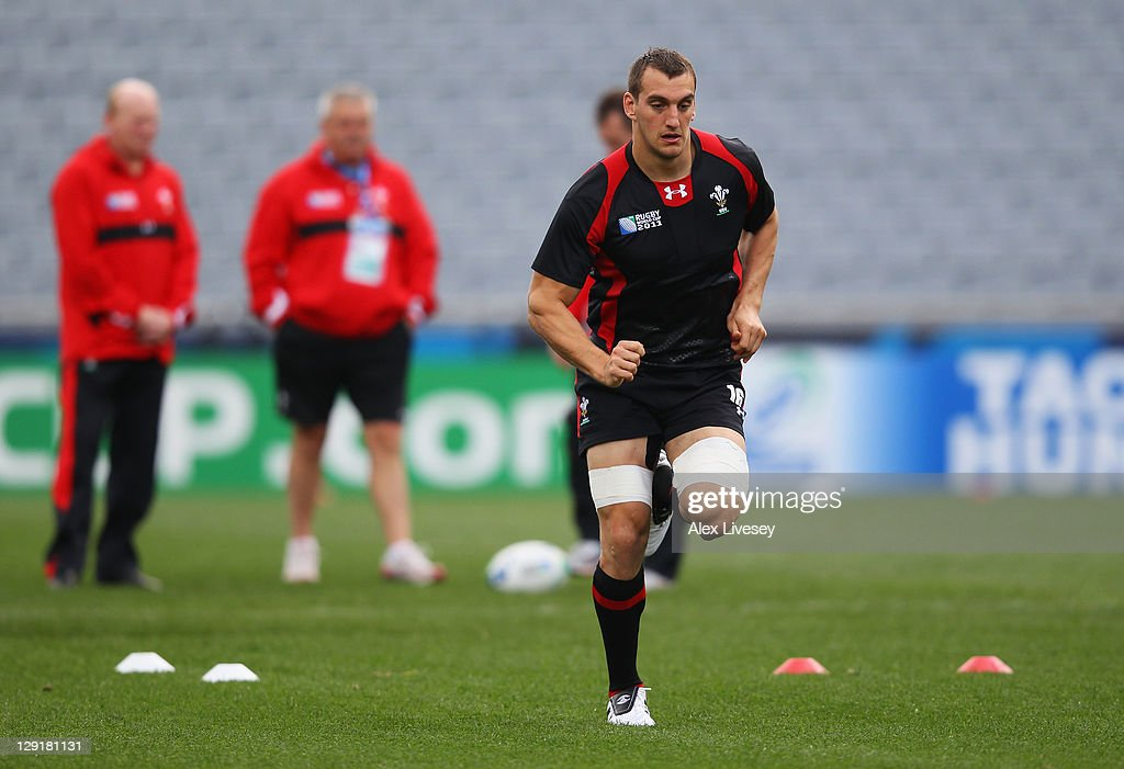 Sam Warburton of Wales performs sprint drills during a Wales IRB Rugby World Cup 2011 captain's run at Eden Park on October 14, 2011 in Auckland, New Zealand.