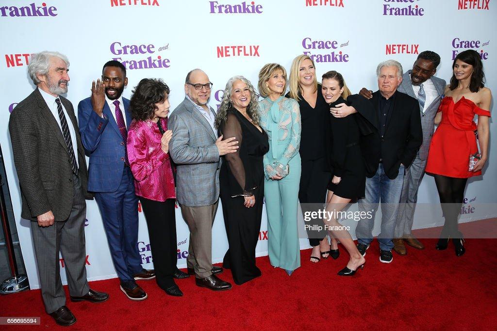 Screening For Netflix's 'Grace And Frankie' Season 3 - Arrivals : Nachrichtenfoto