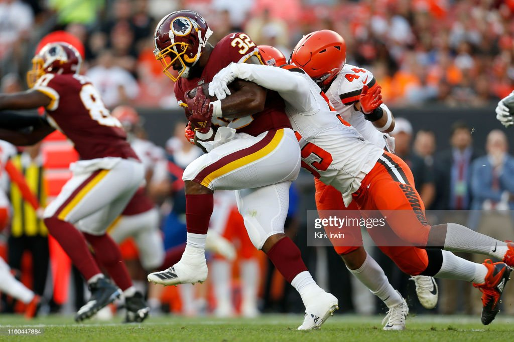 Washington Redskins v Cleveland Browns : News Photo