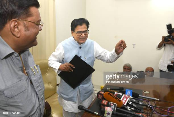 Samajwadi Party leader Prof Ram Gopal Yadav during a press conference after meeting members of Lohia Trust on July 16 2018 in New Delhi India The...
