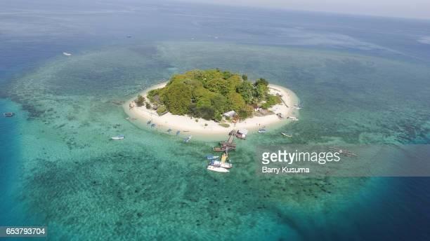 samalona island makassar. - makassar stock pictures, royalty-free photos & images