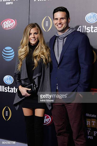 Samantha and Christain Ponder attend the Allstate party at the Playoff Blue Carpet on January 9 2016 in Phoenix Arizona