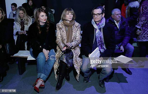 Samantha Berry Vogue Editorin Chief Anna Wintour and Vogue editor Hamish Bowles attends Altuzarra show during the Fall 2016 New York Fashion Week on...
