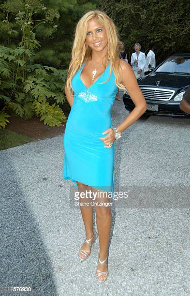 Samantha Cole during Philanthropic Arts Foundation's Sixth Annual 'Art For Life' Benefit at Private East Hampton Estate of Russell and Kimora Lee...