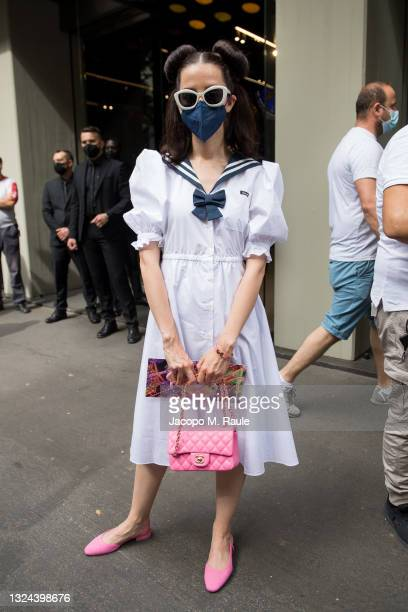 Samantha De Reviziis is seen arriving at the Dolce & Gabbana Fashion Show during the Milan Men's Fashion Week Spring/Summer 2021/22 on June 19, 2021...