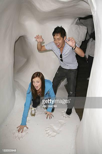 Samantha Droke and Allen Evangelista visit Sea World on October 9 2009 in San Diego California