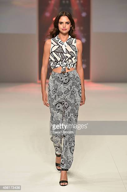 Samantha Harris walks the runway at the Target show during MercedesBenz Fashion Festival Sydney at Sydney Town Hall on September 27 2014 in Sydney...