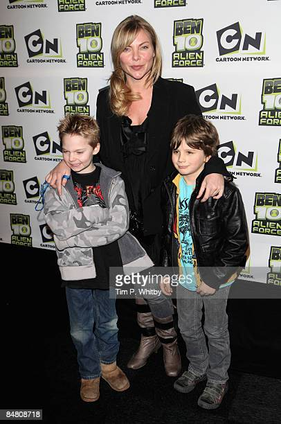 Samantha Janus with members of her family arrive to attend the VIP Premiere of Ben 10 Alien Force at Old Billingsgate Market on February 15 2009 in...
