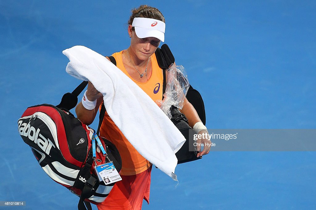 Samantha Stosur of Australia leaves the court after losing her match against Varvara Lepchenko of the USA during day one of the 2015 Brisbane International at Pat Rafter Arena on January 4, 2015 in Brisbane, Australia.