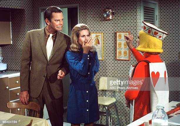 BEWITCHED 'Samantha's Secret Spell' Season Six 11/13/69 Darrin and Endora's led her to turn him into a mouse and Samantha consulted a witchapothecary...