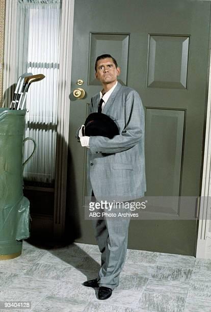 BEWITCHED 'Samantha's Wedding Present' Season Five 9/26/68 Endora shrunk Darrin down to size
