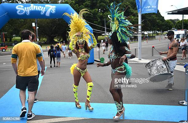 Samba dancers perform at the Sydney Sevens rugby union tournament in Sydney on February 7 2016 AFP PHOTO / Peter PARKS IMAGE RESTRICTED TO EDITORIAL...