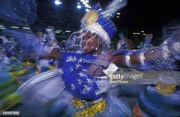 Samba Schools Parade in Sambodromo Rio de Janeiro Carnival Brazil Members of the ala das Baianas the traditional segment of Bahian AfricanBrazilian...