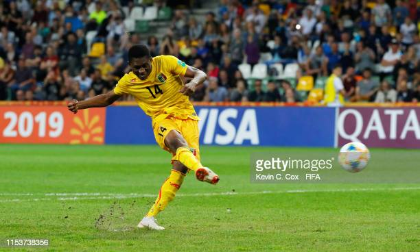 Sambou Sissoko of Mali scores the winning penalty in the shoot out during the 2019 FIFA U-20 World Cup Round of 16 match between Argentina and Mali...