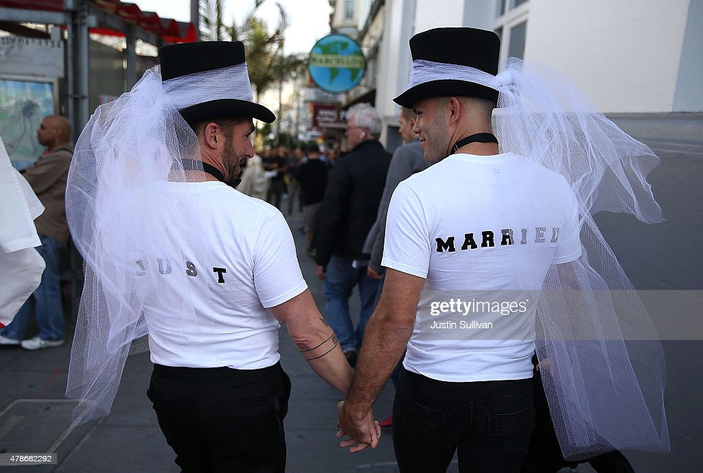 Celebrations Take Part Across Country As Supreme Court Rules In Favor Of Gay Marriage : News Photo